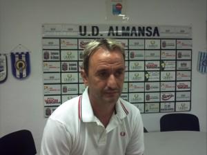 Juanjo Chafer fue destituido a falta de dos jornadasl. (FOTO: Archivo)