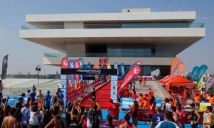 La meta del Triatlón valenciano se encuentra en el Edificio Vels y Vents. (FOTO: Jorge Jesús Sáez)