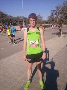 En la foto se muestra a Raúl Pastor atleta del Coda que ha ganado su categoría junior hoy en San Juan