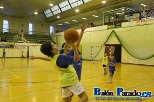 Los niños se lo pasaron en grande jugando a Baloncesto.