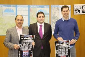 En la presentación estuvieron José Gil, Francisco Núñez y Miguel Ángel Infantes. (FOTO: Cedida por María José Simón)