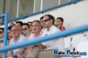 El entrenador estuvo viendo el ascenso del Juvenil de la U.D.Almansa.