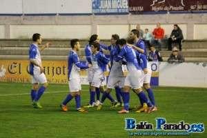Dos goles de Abengózar dieron la victoria a un Almansa que incluso mereció más