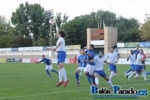 Imagen del partido entre U.D. Almansa y C.D. Madridejos de la temporada pasada. (FOTO: Archivo)