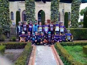 El equipo ciclista en la concentración que tuvo lugar en Benidorm la primera semana de enero.
