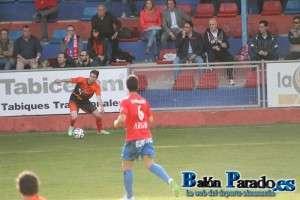 Alberto Oca marcó el gol de la victoria con un gran disparo de falta
