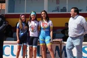 Andrea Hurtado subió al podio en Suéllamos.