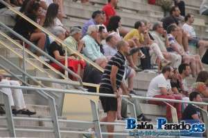 Castellanos tuvo que ver el partido desde la grada