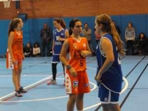 Triangular Baloncesto Femenino-5409