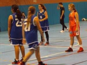 Triangular Baloncesto Femenino-5437