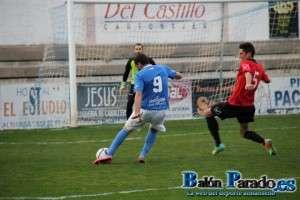 El Almansa falló varias ocasiones claras de gol