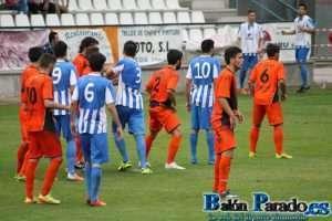 Imagen del último partido jugado por la U.D. Almansa en Talavera. (Archivo)